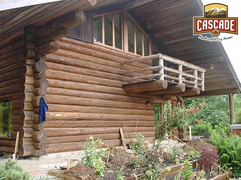 BC Log Home Before Cascade Renovation