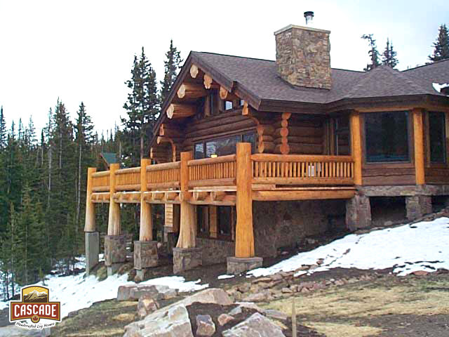 Log homes post and beam cascade handcrafted log homes for Unique log homes
