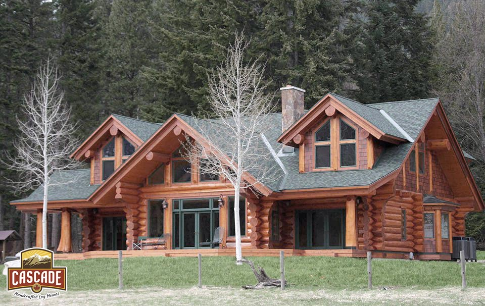 Leavenworth Log Home   Western Red Cedar 3200 Sq Ft