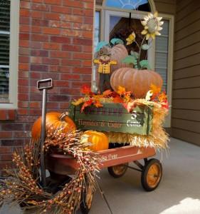 rustic halloween wagon