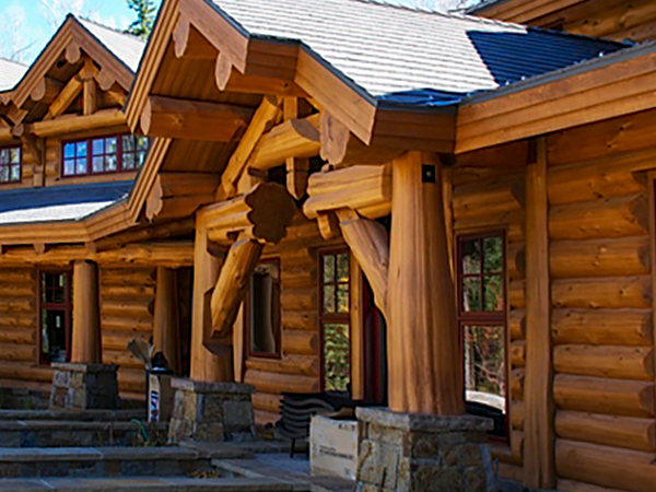 Handcrafted log home construction styles cascade handcrafted for Home construction styles