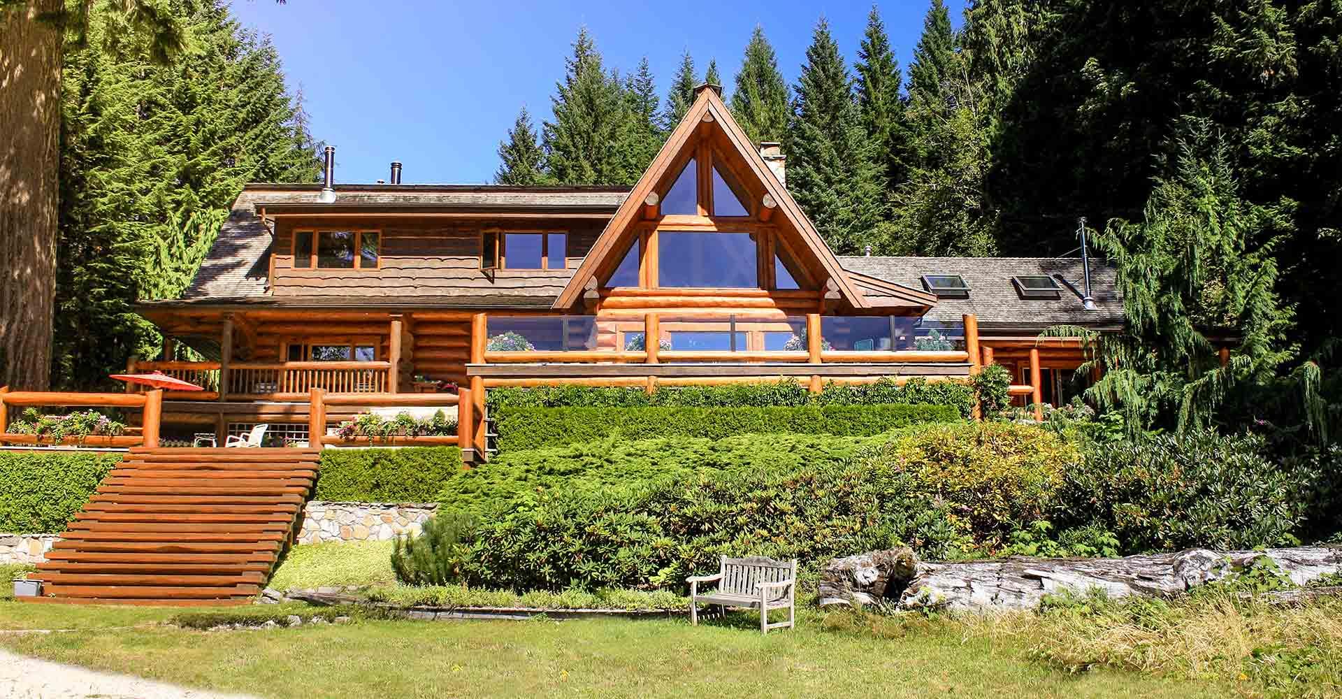 The Lake House Log Home  B C. Log Homes   Cascade Handcrafted Log Homes   Custom Design   Build
